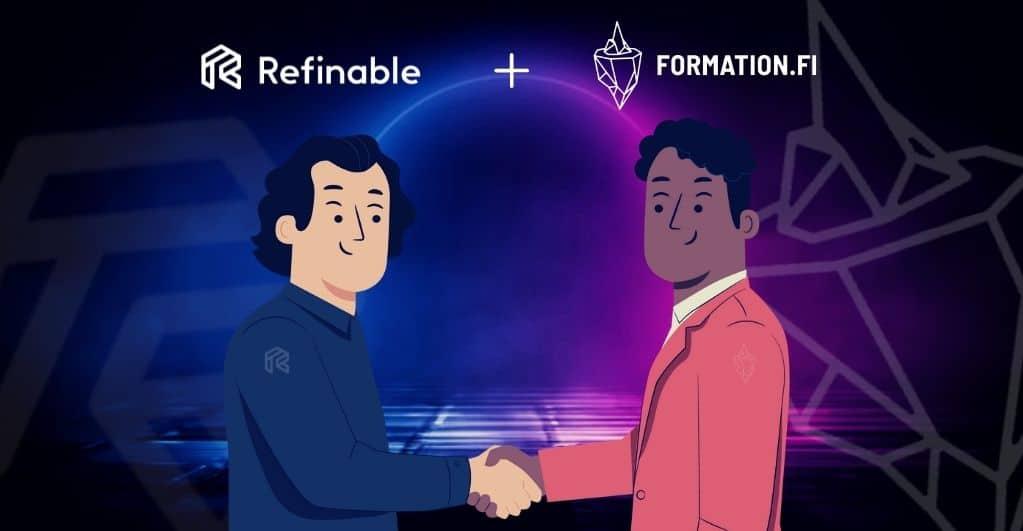 Refinable schüttelt Hände mit Formation Fi